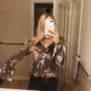 Ivy & Main bell sleeve top!